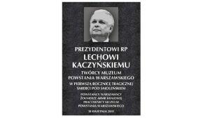 Upamiętnią prezydenta tablicą w Muzeum Powstania